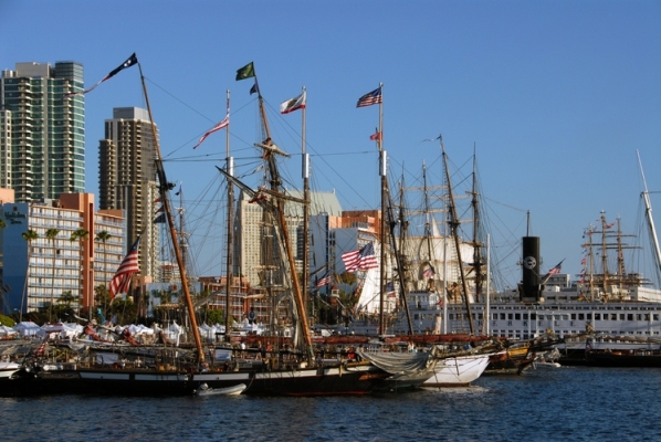 Free Walking Tours Along the Embarcadero in Downtown San Diego!