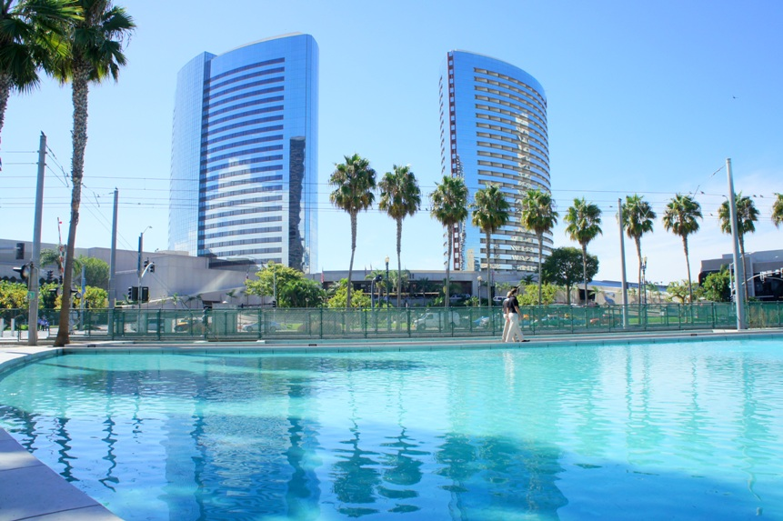 Hotels In San Diego >> Renovation Of The Marriott Hotel In Downtown San Diego 92101 Urban