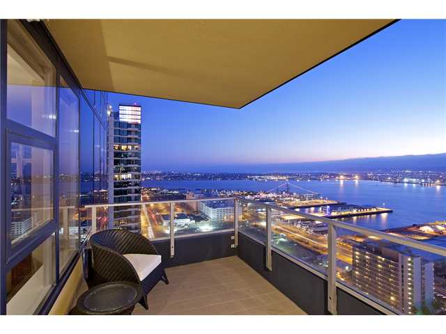 Luxury Downtown San Diego Penthouse For Sale – Bayside #3302