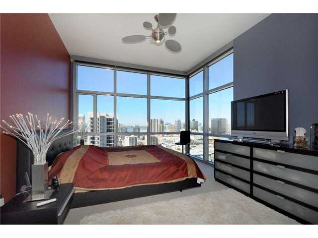 Featured Downtown San Diego Rental | 800 The Mark Lane #2201