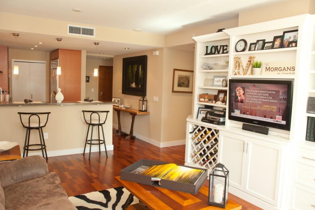 The Legend Condo Legend Condo Living Room