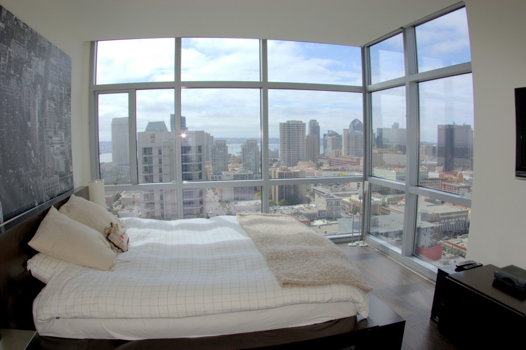 Featured Downtown San Diego Rental | 800 The Mark Lane #2501