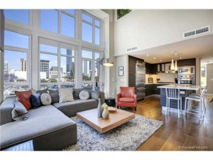 Downtown Condo in Bayside