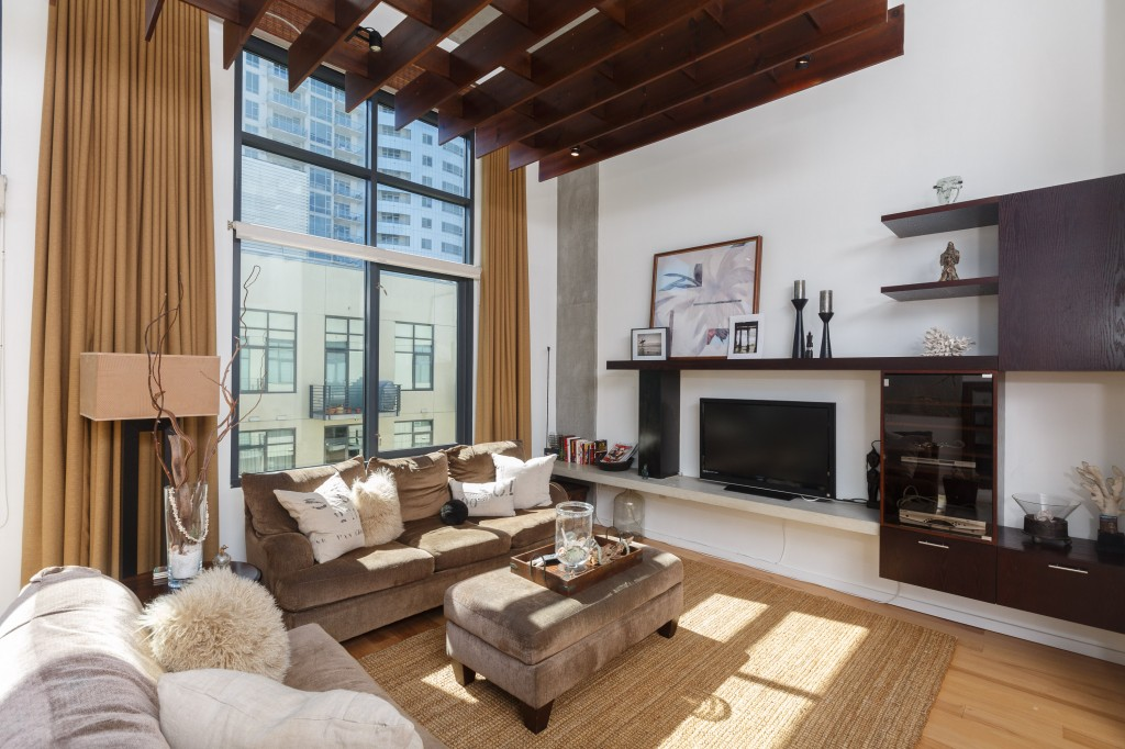 New East Village Loft at M2i
