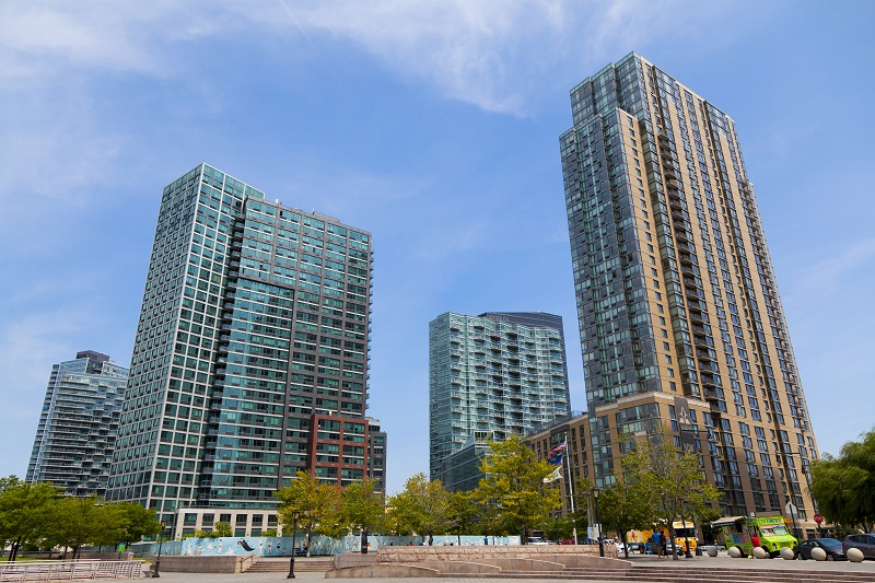 Downtown San Diego Leasing: Residential Building vs. Apartment Complex