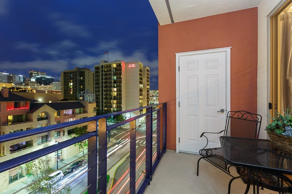 Condo For Sale at 235 on Market