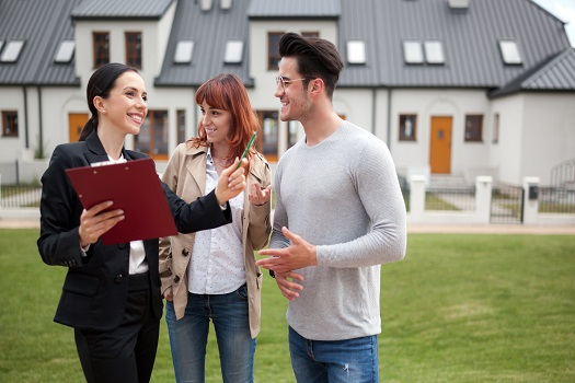 5 Strategies for Selling & Buying a Home at the Same Time